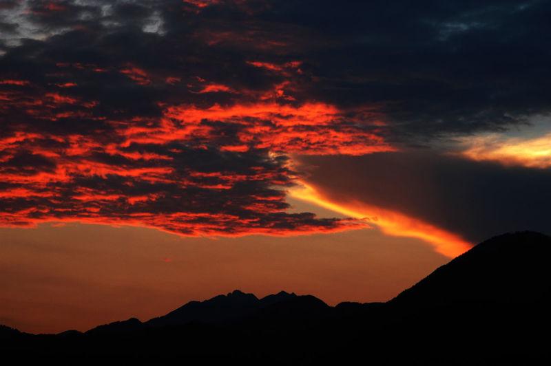 Austria Ebbs Cloud Cloud - Sky Cloudscape Dramatic Sky Glowing Light Mountain Range Outdoors Silhouette Storm Cloud Sunset Tranquil Scene
