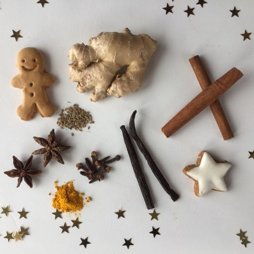 EyeEm Selects Winter Spices Spices Food And Drink Cinnamon Star Anise Vanilla Vanilla Bean Curcuma Food Gingerbread Spice Christmas Ingredient High Angle View Cookie White Background Christmastime Winter