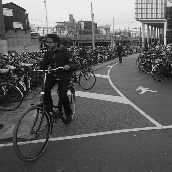 Bicycle Built Structure City City Life Cycling Mode Of Transport Outdoors Parking People Transportation