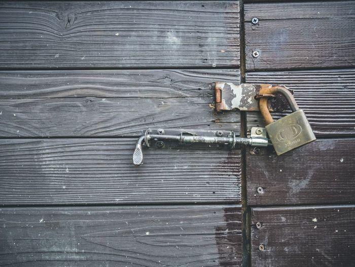 Lock Wood -