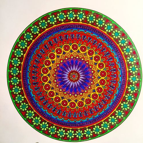 Hello World Relaxing Enjoying Life Mandala Art Mandala Coloreando Relaxing Gratitude Happiness Peaceful ❤ On The Road Draw Drawing