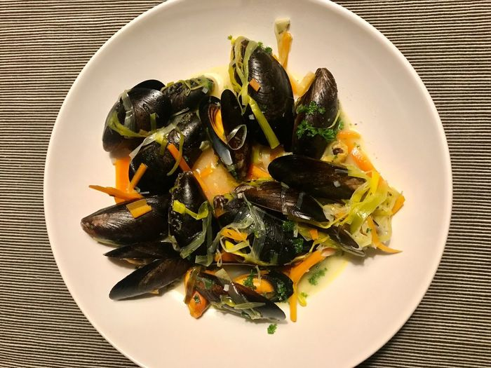 Mussels dish on a plate Seashells Scallops Dish Mussels Cozze Mussels Plate Food Food And Drink Ready-to-eat Healthy Eating Indoors  Freshness Directly Above Seafood Close-up