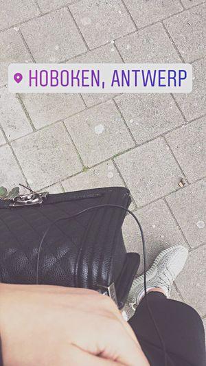 Wachten  Hoboken Yeezy Chanel Swarovski EKbeauty Schoonheidssalon