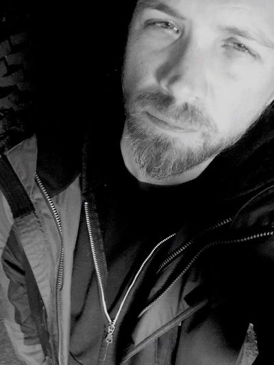 Not a huge fan of winter.. but here we are... Portrait Blackandwhite Self Portrait That's Me
