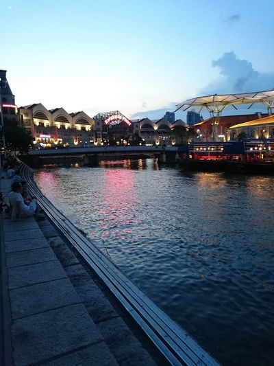 View of the Singapore river from Clarke quay on a warm and humid Sunday evening Enjoying Life Singapore Evening Sunset