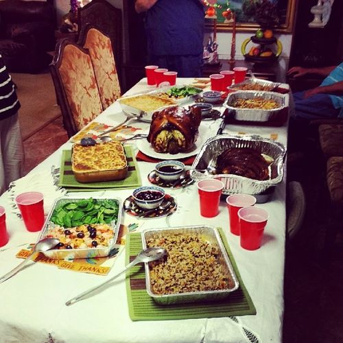 All this food, but no place to sit and eat... I guess we have to make room!!! Thanksgiving Foodfordays Needbiggerpants