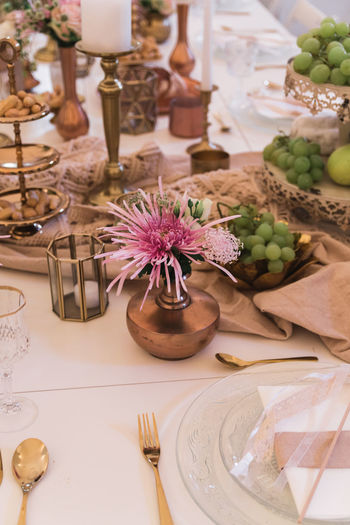 Table Food And Drink Food Eating Utensil Place Setting Freshness Setting Indoors  Flower No People Still Life Flowering Plant Plant Kitchen Utensil High Angle View Plate Fork Healthy Eating Container Wellbeing Glass Table Knife Place Mat