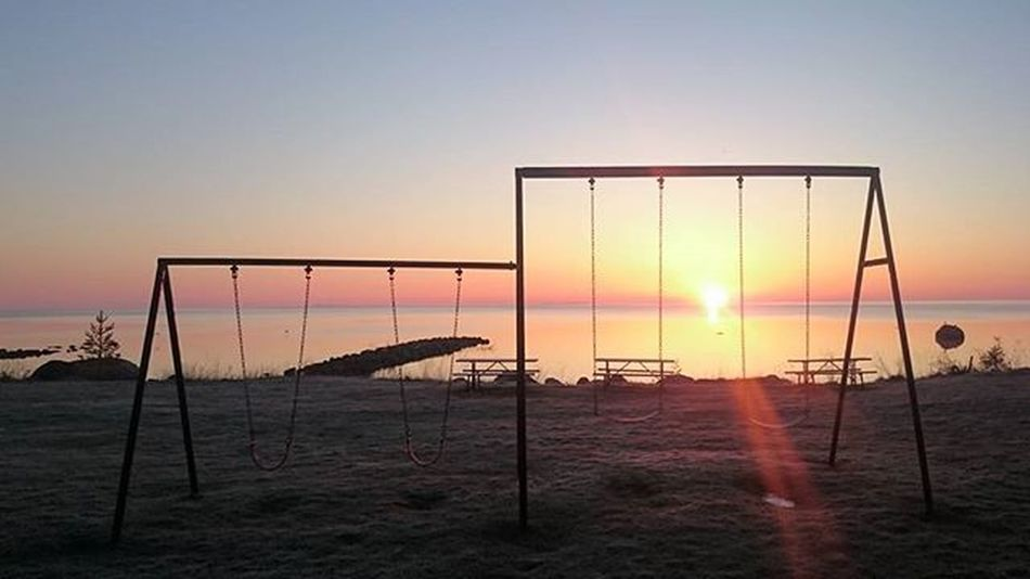 Swinging sunrise Reimerpics Sunrise Landscape Lake Georgianbay Swingset Photo