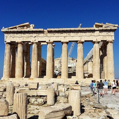 Parthenon at the Acropolis in Athens . Classical Woodapeuro