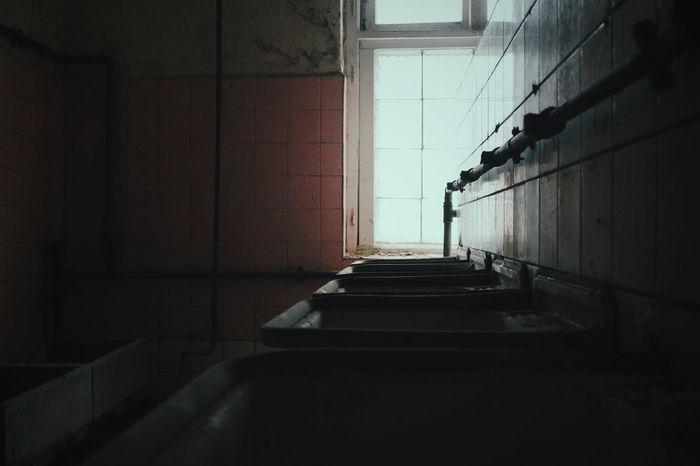 Lostplace Verlasseneorte Forgottenplaces Forgotten Lostplaces Urbexworld Abandonedworld Lost Abandonedplaces Abandonedearth Urbanexplorer Bathroom