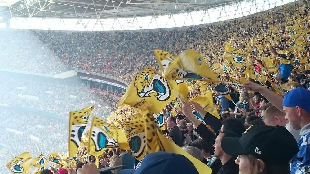 Stadium Crowd Flag NFL NFL Football Indianapolis Colts Jacksonville Jaguars International Series Wembley Wembley Stadium