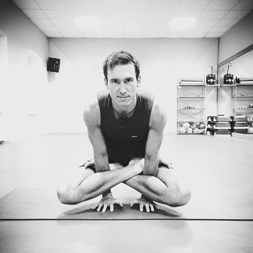 Be ready and don't do things like usually Ashtangayoga Yoga Pose Yoga Full Length Looking At Camera Indoors  Front View One Person Portrait Be. Ready. Real People Sitting Lifestyles Young Men Young Adult Exercising One Man Only Gym People Only Men Men Day Adult
