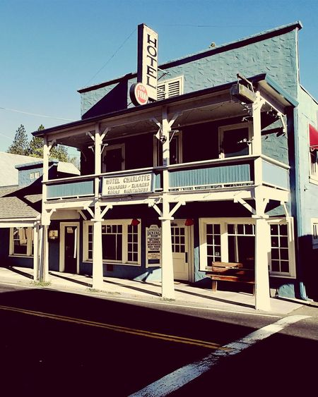 Architecture Land Of The Free Home Of The Brave Yosemite Shotoftheday Bestoftheday California Roadtrip2016 USA Eyeemphotography EyeEmBestPics EyeEm Gallery Eyeem Photography EyeEm Masterclass EyeEm The Best Shots Groveland Hotel Bar Saloon Check This Out!