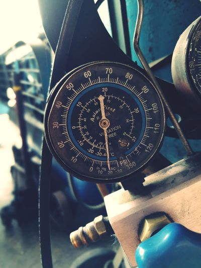 Guage Motor Wind Close-up Old-fashioned No People Day Navigational Compass Indoors  Minute Hand Outdoors Direction Number