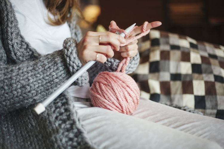 Gift Hands Girl Women Detail Close-up Decoration Copy Space Enjoying Life Joy Hobby Knitting Needle Human Hand Wool Warm Clothing Skill  Women Ball Of Wool Needlecraft Product Knitting Sewing Item Handmade Knitted  Woolen Sock Sewing