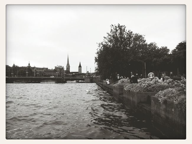 Am See - Blackandwhite Mobile Photography Cityscapes Lake