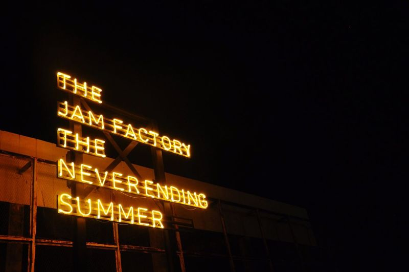 The Jamfactory Summer Neverendingsummer Light And Shadow Illuminated Bangkok Thailand Light Night