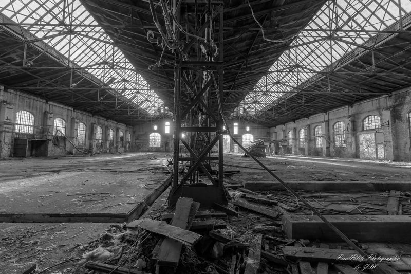 Architecture Warehouse Building Black And White B&w B&w Photography Urban Urbex Photography Lost in the Landscape Lost Germany Factory Old Verlassene Orte Lostplaces Lostplace Abundance Abandoned Decay Infinity Architecture Metal Licht Und Schatten Hall