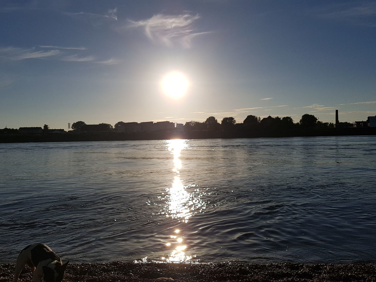 sunset, water, sun, tranquil scene, tranquility, nature, sunbeam, no people, scenics, beauty in nature, outdoors, sunlight, reflection, sky, cloud - sky, sea, beach, day