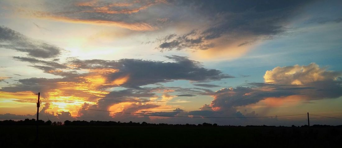 Check This Out Taking Photos Fire In The Sky Sunset Sunset_collection Nature Nature Photography Mississippi Delta Mississippi  Sky Sky At Dusk Sky And Clouds Sky_collection