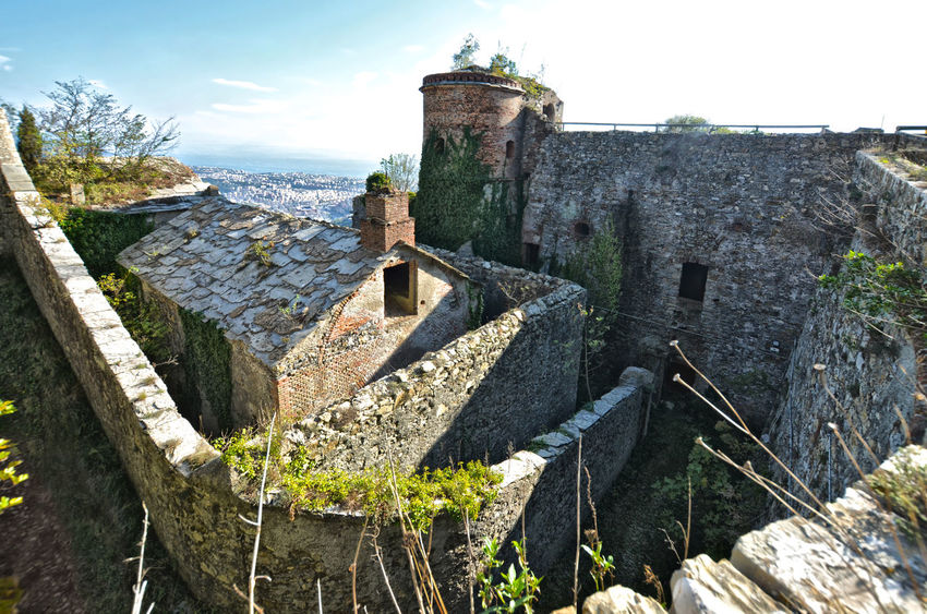 Genoa Genova Italia Architecture Built Structure Castle Fort Forte Sperone Fortification Fortificazione Fortress Genes History Italy No People Outdoors Parco Peralto Peralto Righi Sea The Past