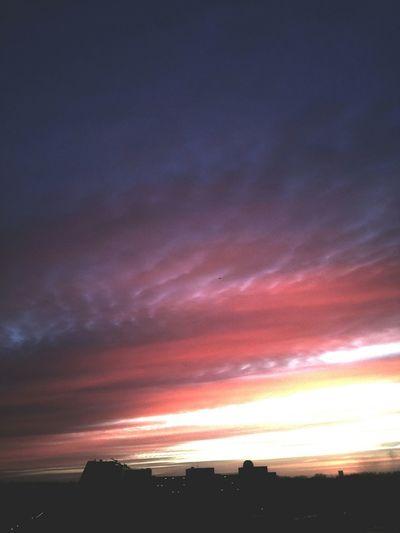 Sunrise Taking Photos Nature Myfuckinggroningen Enjoying The View Cityscape Sky Clouds