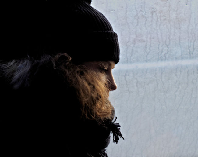Sitting on a bus Sweetheart #NotYourCliche Love Letter Window Streaks Finland Finnish  Scarf Warm Clothing Hair Curly Hair Dirty Window Looking Down Woolly Hat Warm And Cold Color  Cold And Warm Lonely Contrast Profile View Cold Temperature Winter Portrait Silhouette Headshot Side View Gh5