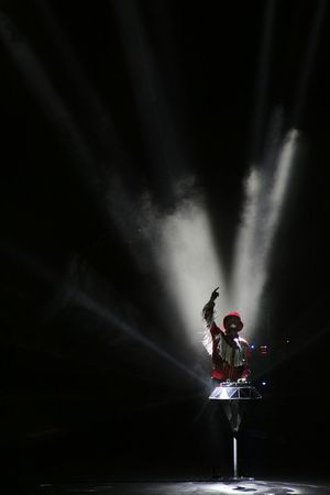 Jova Jova Concert Life Enjoying Life Happy Music Live Live Music Sound Light Light And Shadow Beyourself Jovanotti Shadow