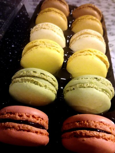 Mmm ... ❤ Im Ready To Eat Everything !!!!😉😉 Women EyeEm Best Shots EyeEmNewHere Afternoon Dessert Macaroon Close-up Sweet Food Food And Drink Stuffed Unhealthy Lifestyle Food Styling Pie Prepared Food Baked Appetizer