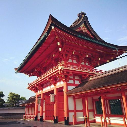 バス降りて化粧だけしてチャリで20分♪ 人が少なくてゆったりできて最高〜 伏見稲荷大社 😚 Kyoto Japan Travelgram Vscocam Thetimeswehad