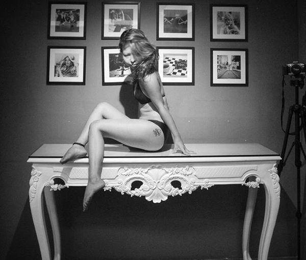 French collab. Photoshoot Blackandwhitephotography Body Bodylanguage Keepmoving SheHasAFace