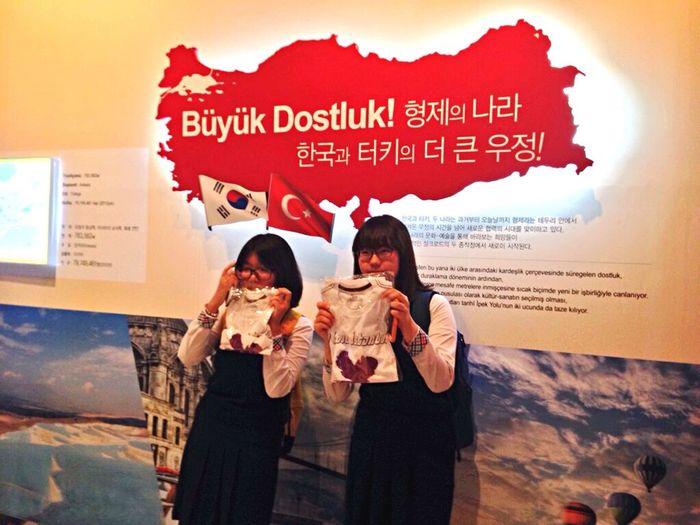 Korean Turkish Friendship EyeEm Best Shots Friendship Friends Korean Turkish Gyeongju Korea United States Enjoying Life Countryside Life