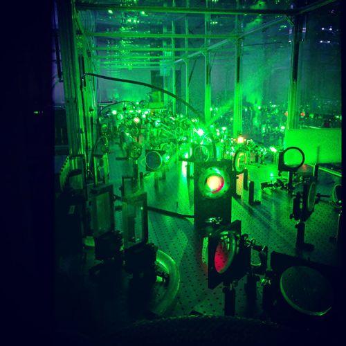 Technology Scientist Laser Laserbeam University Campus University Lab Laser Lab First Eyeem Photo Physics Physics Labs EyeEmNewHere