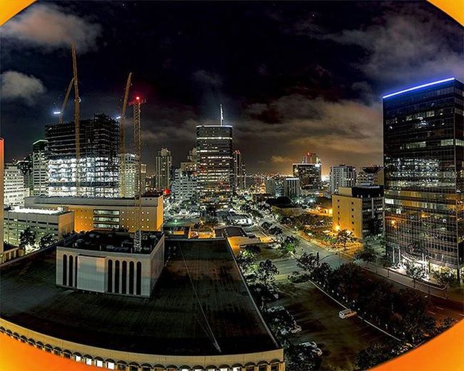 Here's a San Diego downtown mini panorama. Each photo is a long exposure shot from the top of the San Diego Concourse parking lot. ____________________________ 16mm, Canon 5d Mark III (4 seconds, ISO 50, f/2.8) 3-image photomerge ____________________________ - - - Neverstopexploring  Letsgosomewhere Agameoftones Fartoodope Killyourcity Celebrateyourcity Explore Nature Cave Outdoors View Exploring Adventures Showyourwork Photographer Citylights Canon Naturelovers Nature_perfection Getoutside ExploreEverything Allshots_ Lifeofadventure Darkness Wideangle countyofsandiegosanDiegodowntownpanoramalongexposure