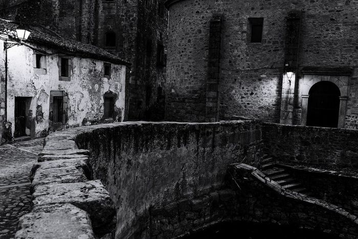 Travel Destinations Travel Photography Tranquility Loniless Old Buildings Evening Medieval Architecture MedievalTown Dark Places Architecture Built Structure Building Exterior No People
