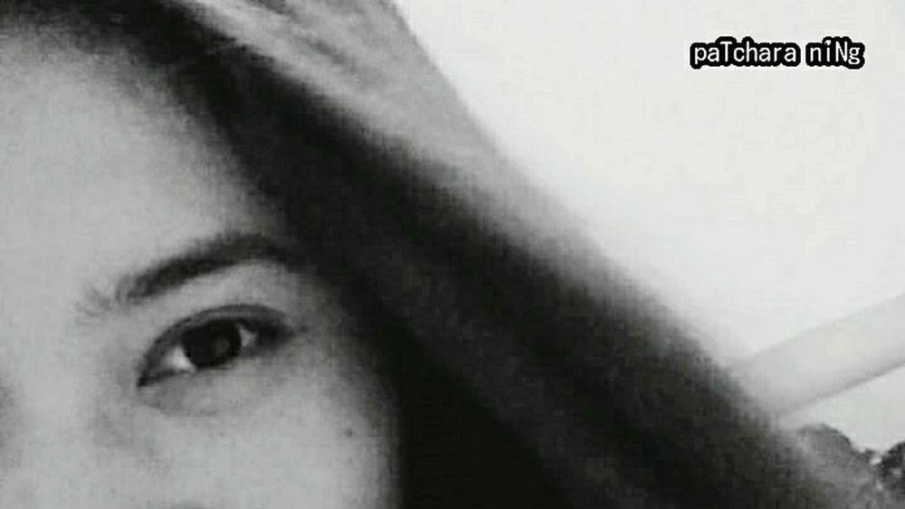 Smile through the eyes Myeyes Intheeye MyEyes♥ EyeEm BlackandWhite Blackandwhite Blackandwhite Photography B&w Photography B&w Photo Photooftheday EyeEm Gallery
