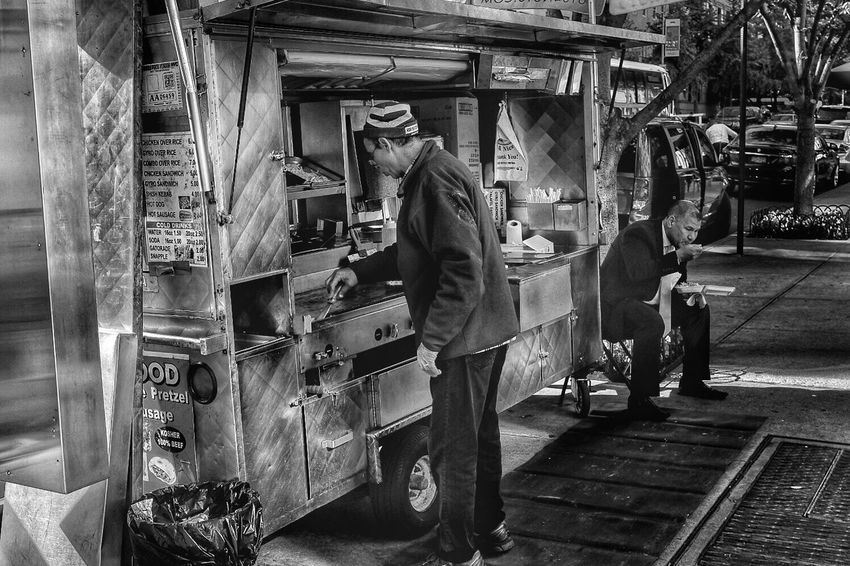 Lunchtime Real People Men Streetphotography New York City Blackandwhite