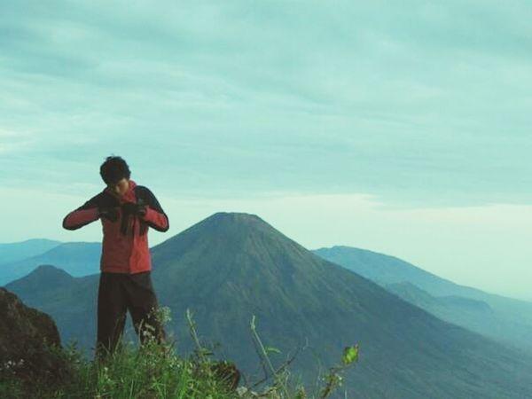 Taking Photos Its Me Climbing A Mountain Mountain Climbing