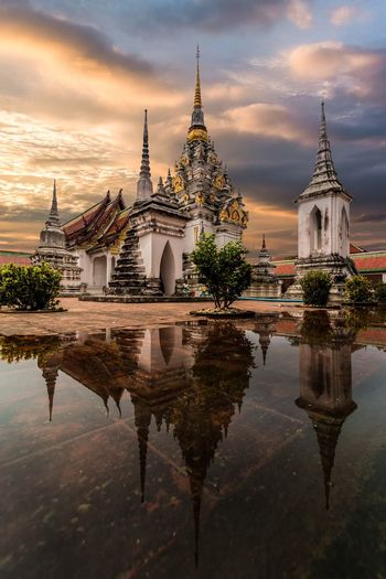Architecture Religion Built Structure Spirituality Place Of Worship Sky Building Exterior Cloud - Sky No People Outdoors Travel Destinations Day Water Thailand Landscape Architecture Temple Wat Thai Reflection Twilight Landmark Buddhism Bangkok Nature Beauty In Nature