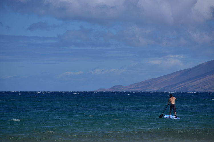 Beauty In Nature Casual Clothing Cloud Cloud - Sky Day Enjoyment Full Length Idyllic Leisure Activity Lifestyles Mountain Nature Outdoors Paddleboard Paddleboarding Scenics Sea Sky Tranquil Scene Tranquility Vacations Water Feel The Journey