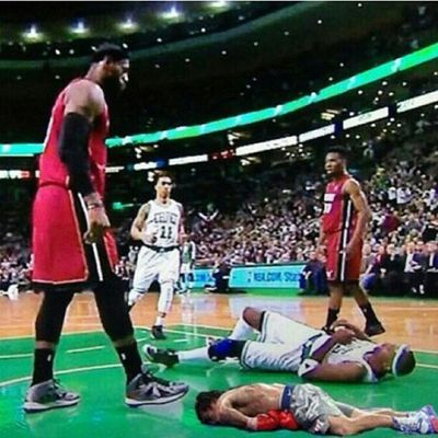 Jasonterry has brought back the Pacquiao Plank Lebronjames Lol Posterized Slam dunk Funny BrandonKnight Hurt CallTheDoctor RIP Back2TheMavs Lmao