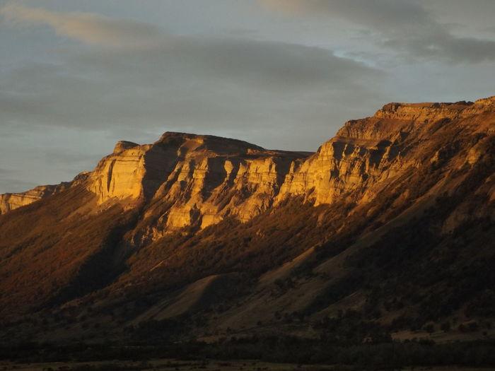 Vista de la Sierra Dorotea desde FOSSIL, el ultimo refugio. TorresDelPaine
