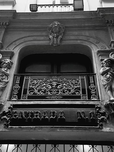 Barcelona Architecture Architectural Feature Indoors  History Travel Destinations Ornate Arts Culture And Entertainment No People Museum Built Structure Day Barcelona España Spring Outdoors