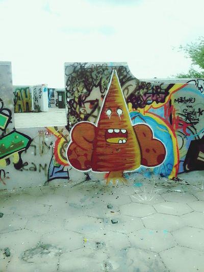 I like this graffiti. Streetart Streetphotography Taking Photos