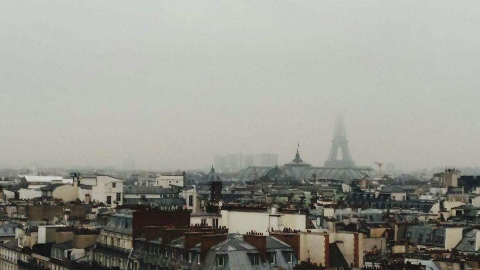 City Architecture Sky Outdoors Urban Skyline Eiffel Tower Grandpalais Rooftop Tour Eiffel dans la Brume Paris Toits De Paris Eiffelturm Gebäude