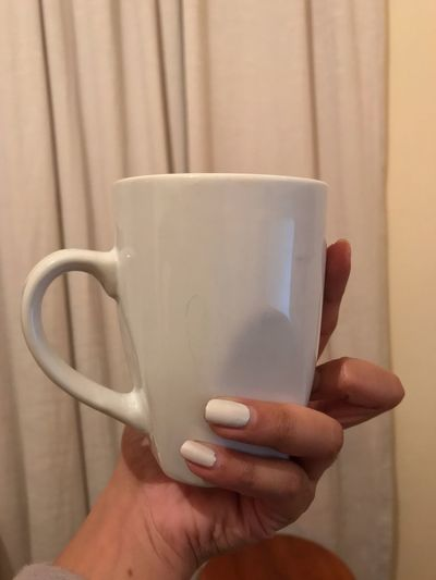 EyeEm Food Lovers EyeEm Best Shots Eye4photography  Beverage Human Hand Hand Human Body Part Holding Mug One Person Cup Drink Coffee Cup Finger Human Finger Close-up Coffee Food And Drink Coffee - Drink Indoors  Refreshment