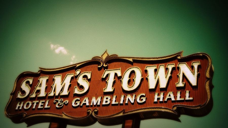 Samstown Lasvegas Sign Las Vegas the killers