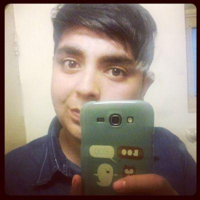 Holi :3 Happy Filih 1313 Sonrisa smile galaxygrand 2014 uniforme baño