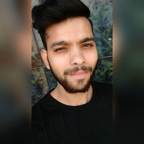Selfie Slefination Beard Beardlove Growing Newhairstyle Teeshirt Model Actor FitnessFreak Undercut Aesthetic Aestheism Teelover Modellife Fitnesspeople Bollywood Likesforlikes ShoutOut Global Home Delhi Winters Stayfit