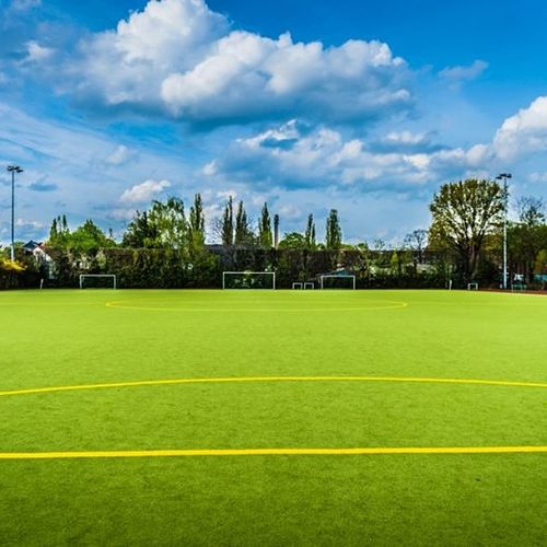 Heute fast den ganzen Tag auf dem Platz verbracht. #soccer #sport #fussball #fortuna #biesdorf Soccer Sport Fortuna Fussball Biesdorf